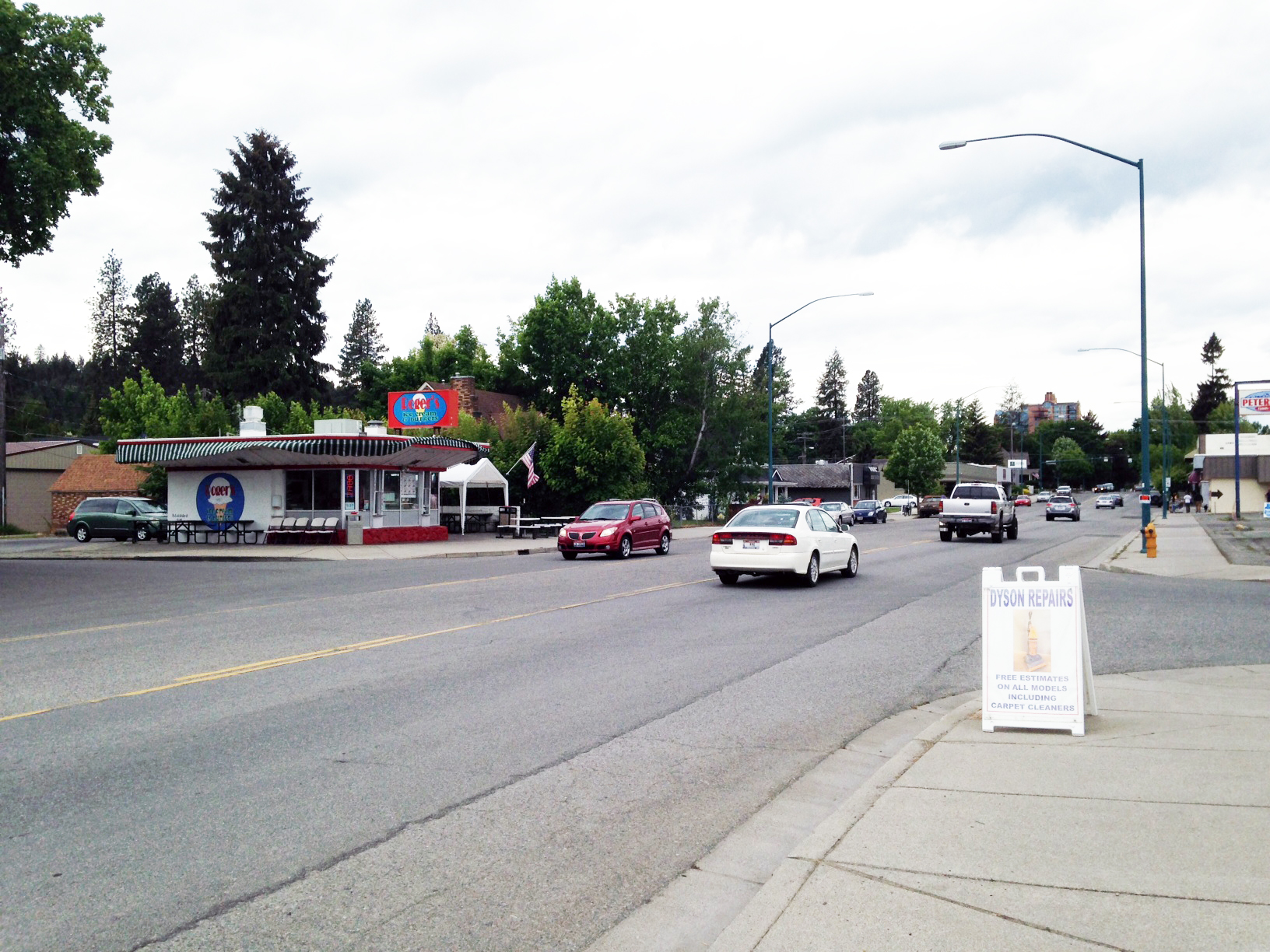 Photo of the intersection of Sherman & 13th looking west