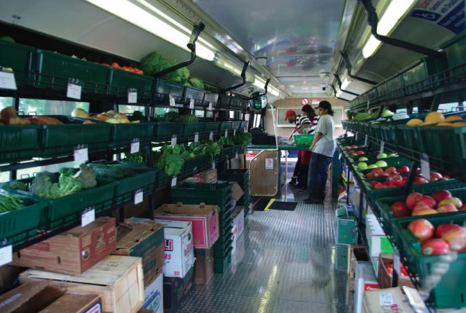 Deeply rooted produce mobile grocery store ioby for Mobili convenienti